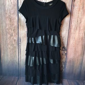 Laundry Size 8 Dress with ruffled layer detailing